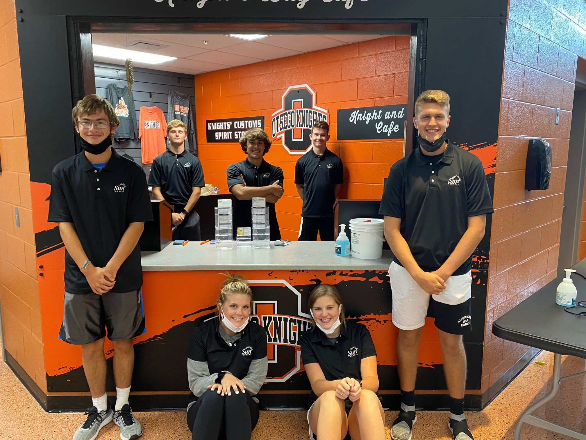 Sun Federal Opens a Student-Run Branch at Clay High School